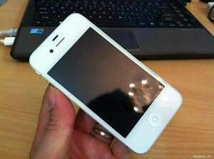 iPhone 4S 16GB Blanc / White - En tres Bonne / Great condition