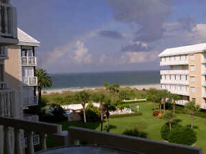 1 WEEK SPECIAL, Beautiful Condo on St Pete Beach, Dec 9-17