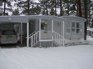 Inexpensive mobile home beside Martin's Lake Princeton BC
