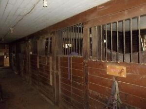 PRICED TO SELL! HORSE FARM: 25 MIN TO HALIFAX!