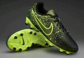 Nike Football Boots Kids Size 3.5