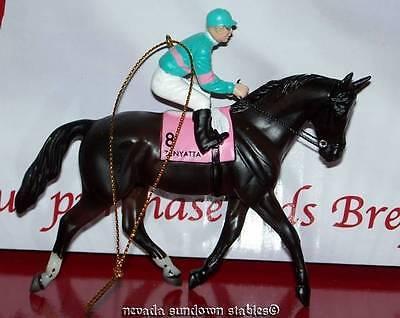 Breyer Holiday Creations Race Horse Series Ornament Zenyatta