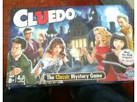 CLUEDO BOARD GAME - NEW