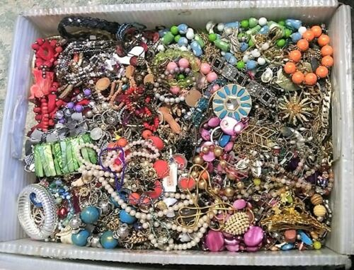 Huge Jewelry Lot 3 - 4 Pound Lbs Vintage Now Junk Craft Wear Pieces Parts Tangle