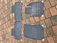 Range Rover Rubber Floor Mats