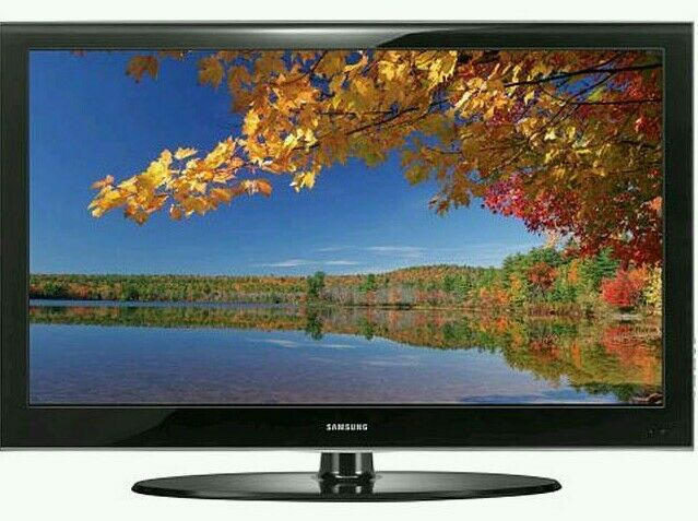 "Samsung 32"" lcd tv built in freeview fullhd 1080p good condition ."