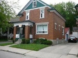 Pretty Uptown home needs 5 happy students for May! Kitchener / Waterloo Kitchener Area image 1