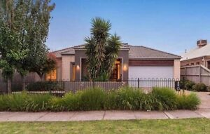 Housemate  : $ 150 per week Cranbourne Casey Area Preview