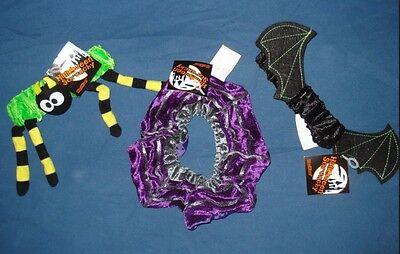 Halloween Bow Ties (3 Halloween Hair Scrunchy Ties Bows Spider Web Bat BG20 20 scrunchie Lot Set)