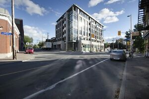 Stunning Penthouse 2 bed, 2 bath Condo in Hintonburg!!