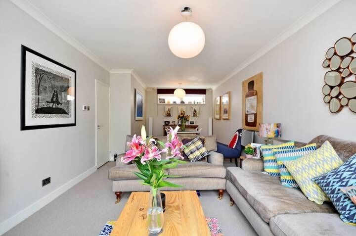 Two bedroom apartment set within this Crown Estate**Regent's Park**