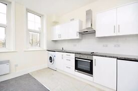 Refurbished self-contained studio flat - Allitsen Road, St John's Wood NW8