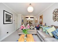 ***PRICE REDUCTION *** Very bright and spacious two bedroom flat in Regents Park