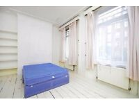 **4 DOUBLE BEDROOM Maisonette with balcony&garden in Hackney Central&Dalston Junction!!**