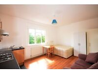 **Crouch End - Stroud Green** Self Contained Studio in period conversion with wood floors