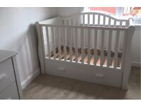 Bonito Bebe Dax 3 piece white set baby sleigh cotbed wardrobe & chest of drawers cot bed