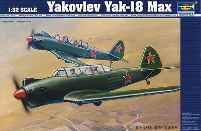 Trumpeter 9362213 Sowjet. Jakowlew Jak-18 Max 1:32 Schulflugzeug Modellbausatz