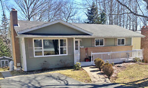 OPEN HOUSE - Sun.May 29, 2-4pm  Lovely Bungalow Middle Sackville