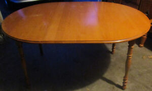 Maple dining table 4 sale