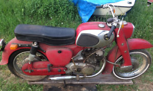 Barn Find 1967 Honda Dream