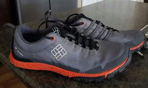 Men's size 10.5 Columbia shoes