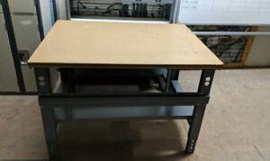 Wood U-Line Packing Table