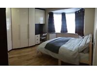 2 Double Rooms in Barnet