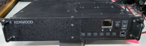 Used - KENWOOD TKR-850 -2 UHF FM Repeater Vers. 2.0 480-512 MHz(40 watts)