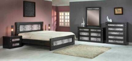 SAVE $900 Floor stock Clearance 4 PCE Mystic Queen bedroom Suite