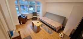 Nice Studio to rent in Hanger lane/Park Royal Border including bills except for council tax