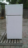 FRIGIDAIRE FROST FREE - GREAT CONDITION - REDUCED