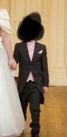 Boys suit size 7/8 yrs