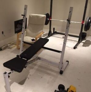 BodySolid Olympic Bench Press W/WO Weights and Bar