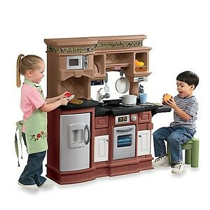 Little Tykes Gourmet Pre and Serve Kitchen