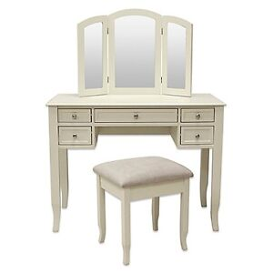 Small Vanity With Storage