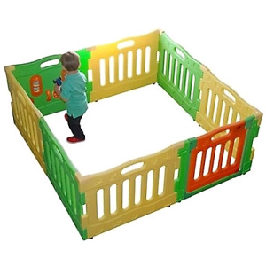 Baby play gate