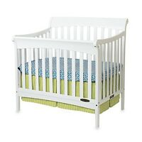 White crib brand new condition with mattress