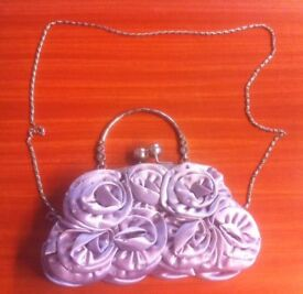 BEAUTIFUL LADIES SILVER BAG - STUNNING ! - NEW - IDEAL CHRISTMAS GIFT