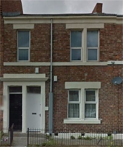 Superb 2 bedroom ground floor flat in Arthurs Hill, Newcastle, available immediatley fully furnished
