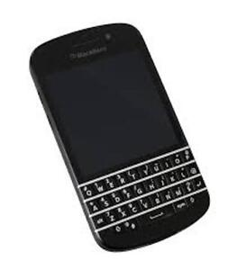 BLACKBERRY Q10 EXCELLENT CONDITION WITH OTTER BOX CASE