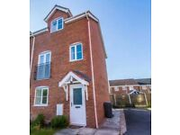 + Let Agreed + Modern 4 bedroom 3 storey house +