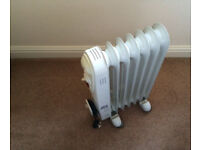 Hyundai Oil Filled Radiator - Reduced from £25 to £20!