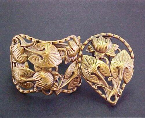 ARTS & CRAFTS ART NOUVEAU WIDE HINGED BRACELET BROOCH PIN LEAVES FLOWER BRASS