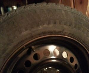Bargain:Winter tires 7/32 195x70xR14 on rims, installed&balanced