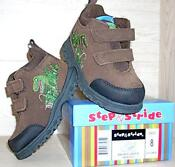 Boys Hiking Boots Size 5
