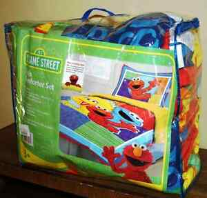 Elmo Comforter set for a twin bed.