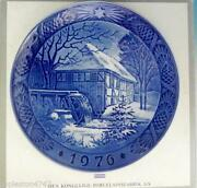 Royal Copenhagen Christmas Plate 1976