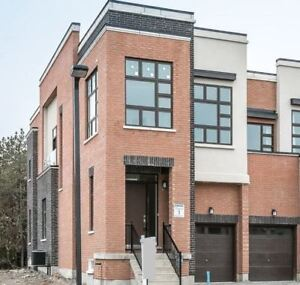 Brand New 4Bed+Bath / End Unit Twnhouse /Fin Bsmt / RichmondHill