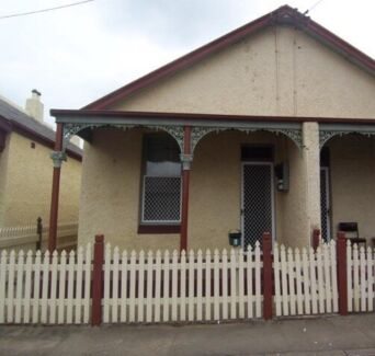 For rent: 2 b/r duplex in central Maitland  East Maitland Maitland Area Preview