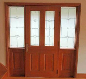 CEDAR FRONT DOOR, 1930Wx2080H, STAINED & OILED, HUNG, FACT 2ND Vineyard Hawkesbury Area Preview